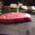 A5等級神戸牛。さしの入り方が美しい。