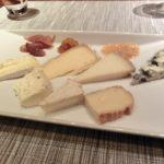 その他チーズの熟成具合も最高。バナナとクミンのコンフィチュール、あんずのコンフィチュールもとろける天国の風味。