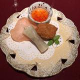 北京ダック&蟹の爪揚げ。上品な量。