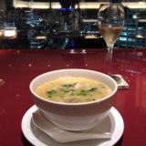 鶏そば。スープが濃厚でおいしい。