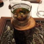 青海亀のスープ。ちゃんとエシカルな方法で獲られた物で安心。小さい頃はよく食べたが、40年ぶりに出くわした。